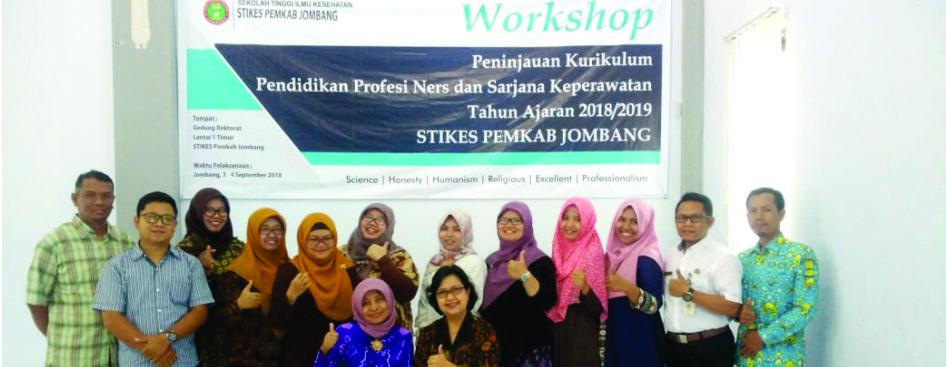 Kegiatan Workshop Peninjauan Kurikulum